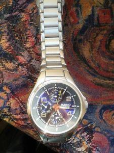 Die-Uhr